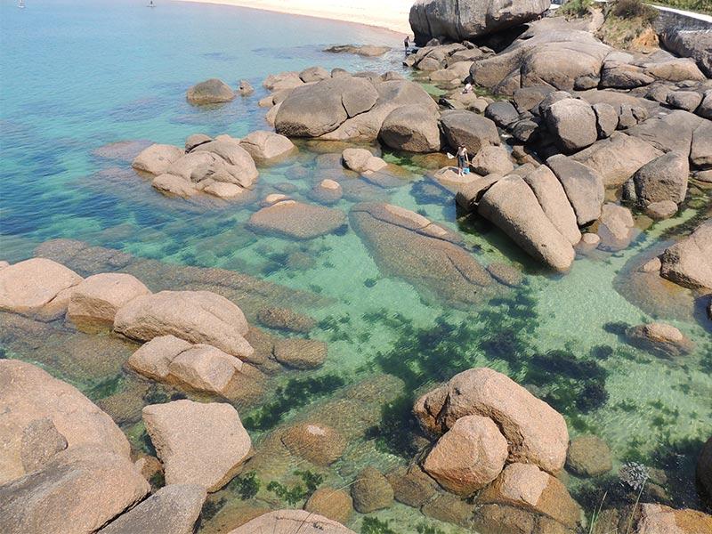 Eaux couleurs de lagon Trégastel Ploumanac'h © Gite Les 3 Voiles