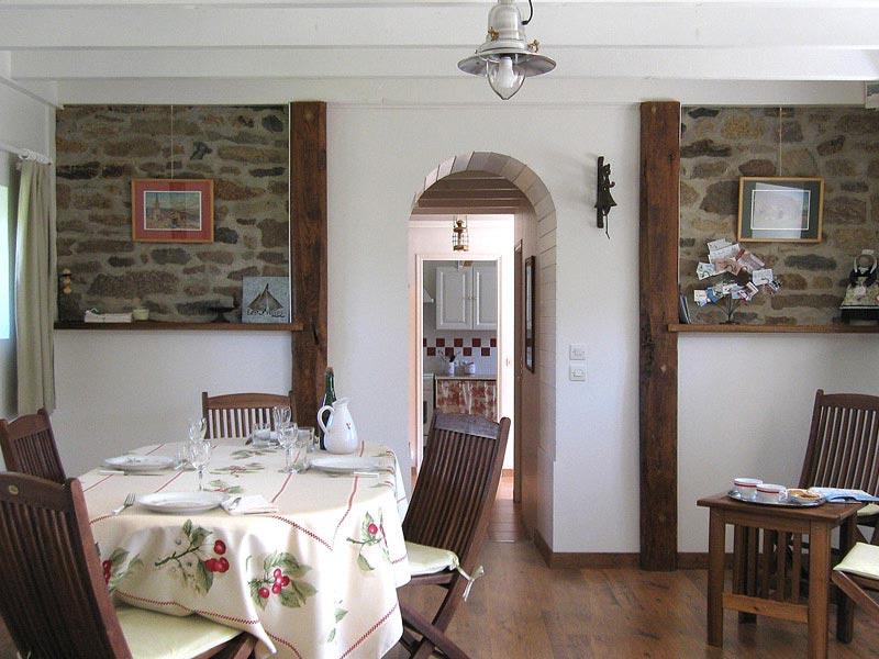 Séjour salle à manger © Gite Les 3 Voiles