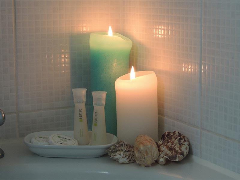 Salle de bain - savons et shampoing © Gite Les 3 Voiles